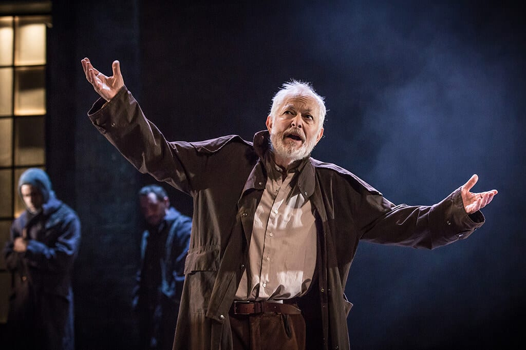 a review of the play king lear He finds strange goings-on at a resort enough to remind him of all the lines of the play,  tell the world what you think about king lear post a review / analysis.